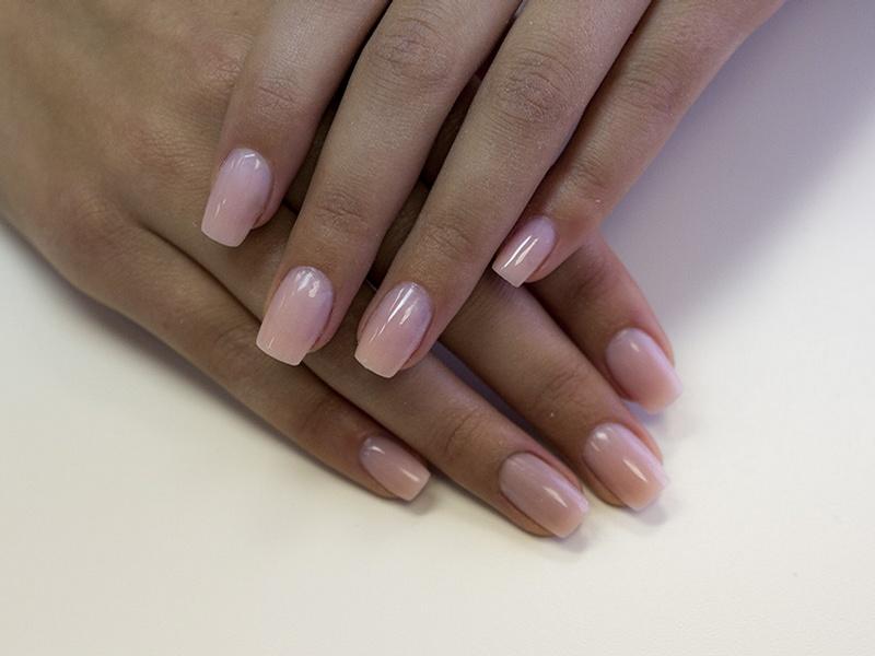 Почему не держатся нарощенные ногти