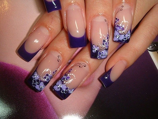 Рисунок на нарощенных ногтях гель