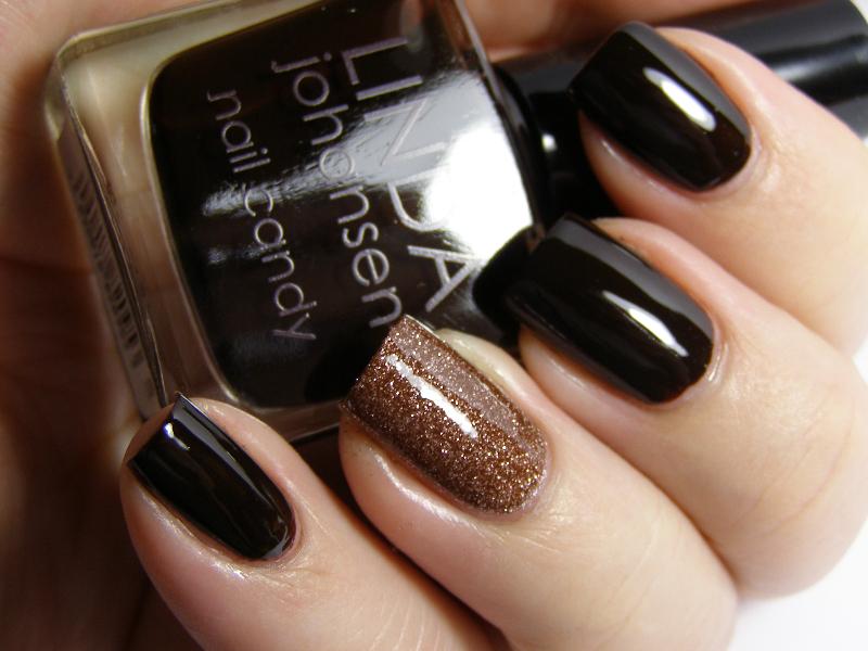 Оттенки темного лака для ногтей фото