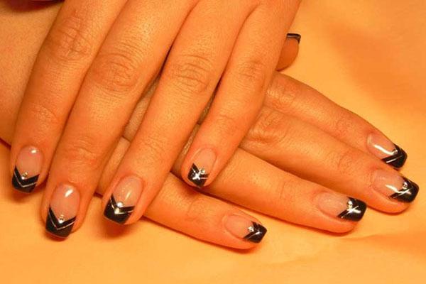 Фото дизайна квадратных нарощенных ногтей