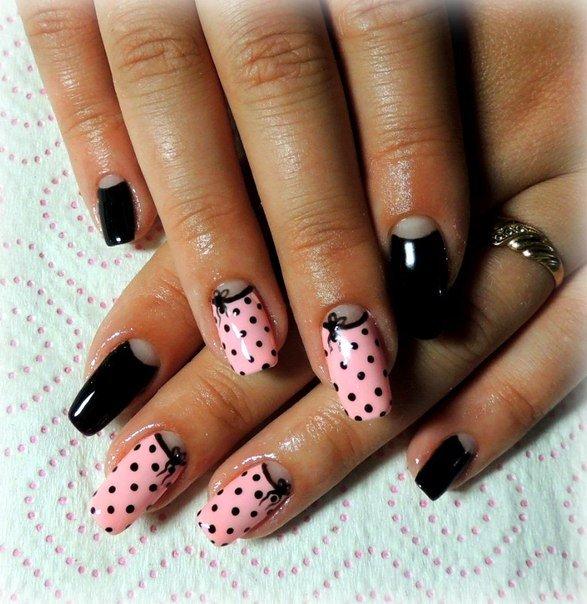 Дизайн ногтей розовый с черным