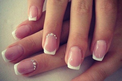 Короткие ногти французский маникюр