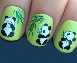 Маникюр с пандами